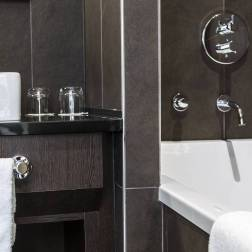 Chambre Hotel Fontcaude - Salle de bain