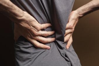 Mengenal 5 Gejala Osteoporosis dan 2 Cara Mengatasinya