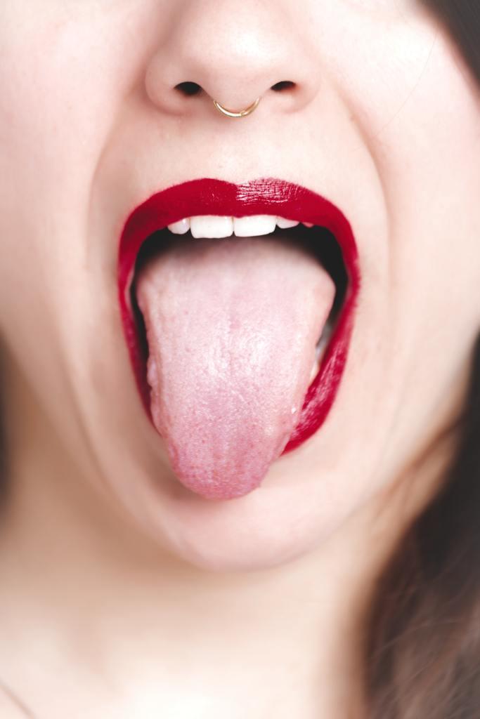 Waspada Mulut Pahit! Ini 10 Cara Mengatasinya