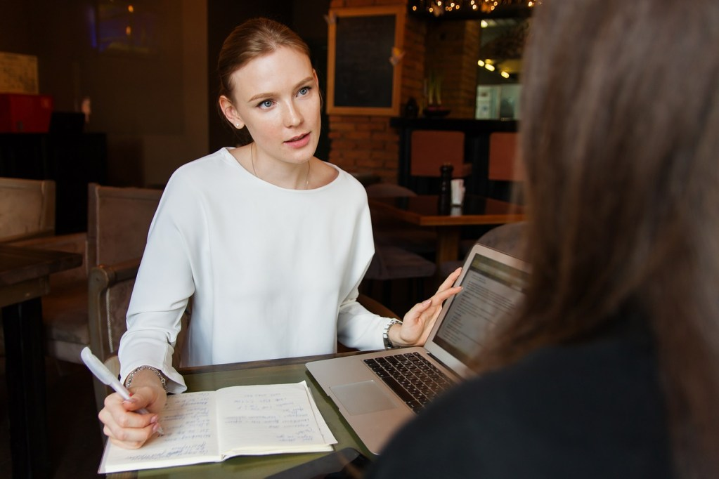 business, lady, woman-3560932.jpg