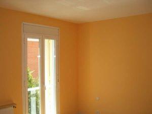 Habitacion Plastico Color Naranja 1