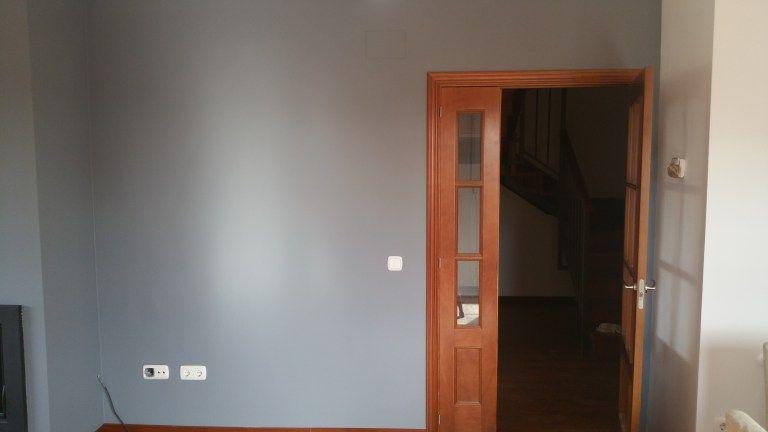 Esmalte al agua en color gris en salon de Talamanca del Jarama (2)