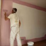 Aplicando Esmalte color Malva