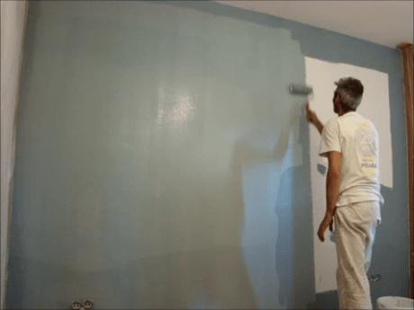 Aplicando esmalte pymacril color azul grisacio 2