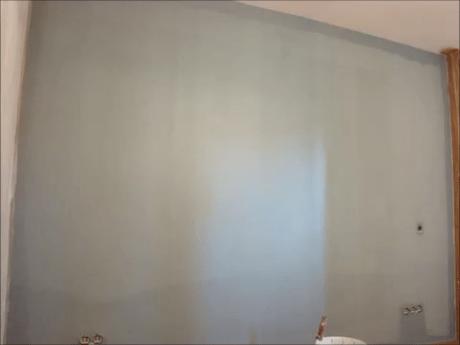 Aplicando esmalte pymacril color azul grisacio 3