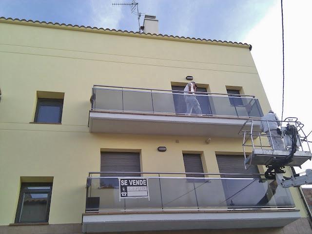 rehabilitacion y pintura de fachada