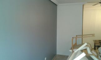 Salon Sideral S-500 Blanco roto y Esmalte Pymacril Gris Oscuro (5)
