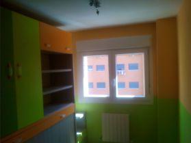 Habitacion Infantil Plastico Sideral Naranja y Esmalte Valacryl color verde con mueble (1)