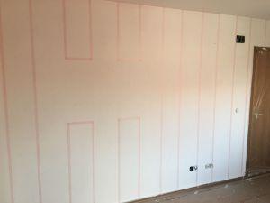 Colocación de cinta tesa rosa sobre lineas (7)