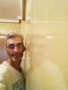 Reflejos sobre estuco veneciano original de 1995 color beige (1)