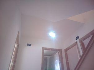 Aplicado 3 manos de Aguaplast en techo y paredes Distribuidor 1ª planta (2)