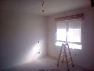 Aplicado 3 manos de Aguaplast en techo y paredes Dormitorio Principal (2)