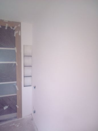 Aplicado 3 manos de Aguaplast en techo y paredes Dormitorio Principal (7)