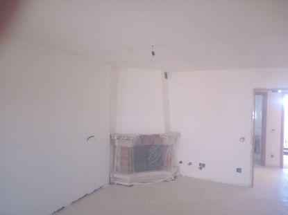 Aplicado 3 manos de Aguaplast en techo y paredes Salon (14)