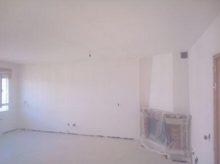 Aplicado 3 manos de Aguaplast en techo y paredes Salon (4)