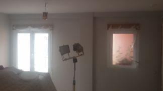 1 mano de plastico sideral s-500 y replastecido de paredes (13)