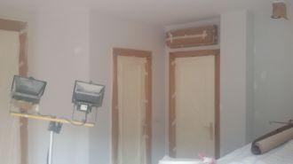 1 mano de plastico sideral s-500 y replastecido de paredes (16)