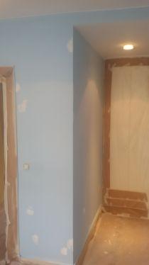 1 mano de plastico sideral s-500 y replastecido de paredes (8)