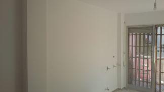 2 mano de plastico sideral s-500 blanco en paredes (10)