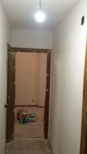 Aplicado 3ª mano de aguaplast fino en paredes pasillo (1)