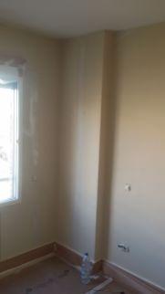 Instalacion de tiras de 5cm de Veloglas en resto de paredes (11)