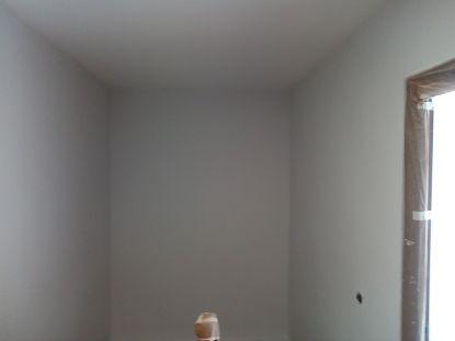 2 mano de plastico sideral s-500 gris en paredes (13)