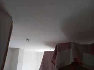 Aplicado 1ª Mano de Aguaplast Macyplast en techos y paredes (15)