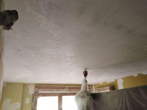 Dormitorio Raspado de techo y aplicado fijador (1)