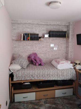 Habitacion Papel pintado labrillo y plastico sideral color rosa (8)