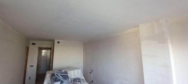 1 mano de macyplast en techos y paredes (20)