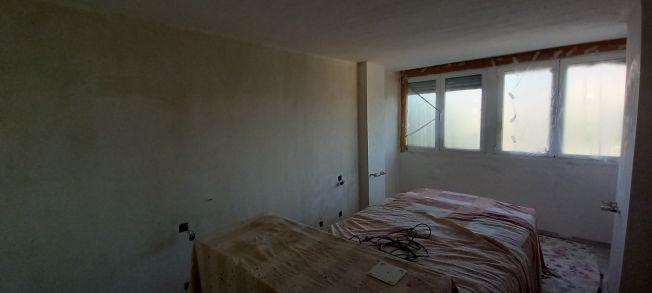 2 tendida de Macyplast en paredes dormitorio (2)
