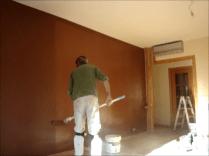 Aplicando esmalte pymacril color marron 8