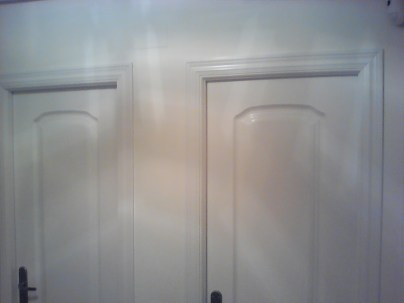 Lacado de puertas de paso