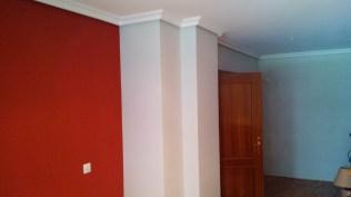 Plastico color gris claro y rojo (6)