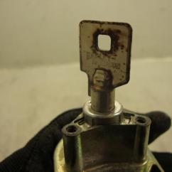 Harley Davidson Ignition Key Number 2006 Vtx 1300 Wiring Diagram 94 11 Road King Lock Set Fork