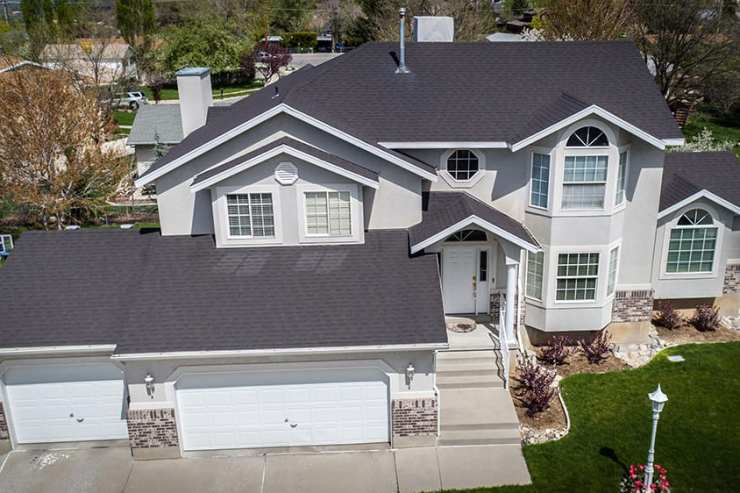 GAF architectural shingle overlay, 3,000 ft2 - Fowler Residence.