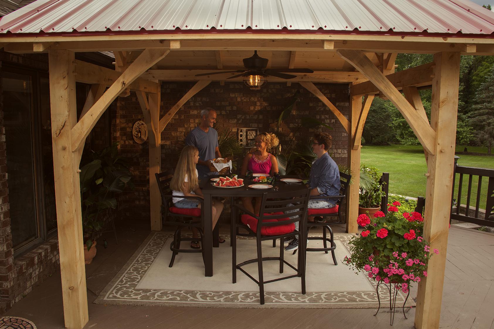 Timber Frame Pavilion – Pioneer\'s Pride