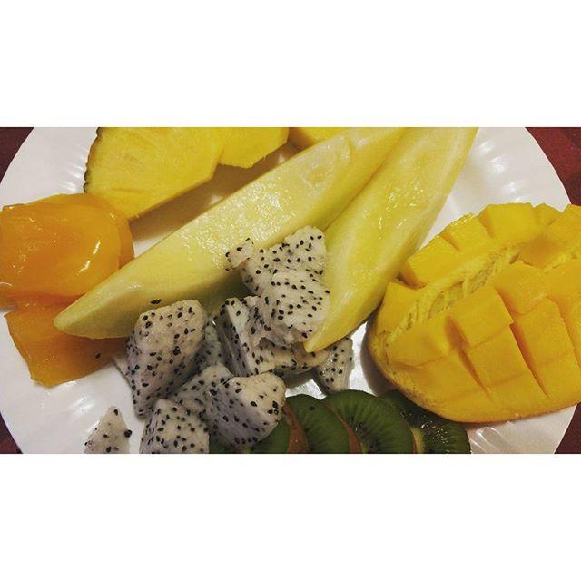 Fruit Breakfast #AsianMelon  #Dragonfruit #Mango #Kiwi #Jackfruit #Pineapple