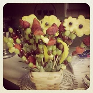 #fruitart #easter #bouquet #vegan #rt4 #spring