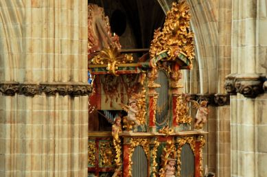 Salamanca organ, photo by Jose Javier Martin Espartosa