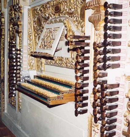 Granada Epistle organ console
