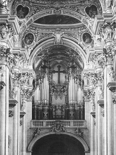 Passau organ, photo by Alphons Adolph (1890)