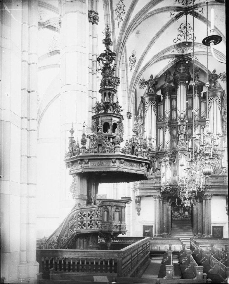 Zwolle organ, photo by W. Kramer [Rijksdienst voor het Cultureel Erfgoed]