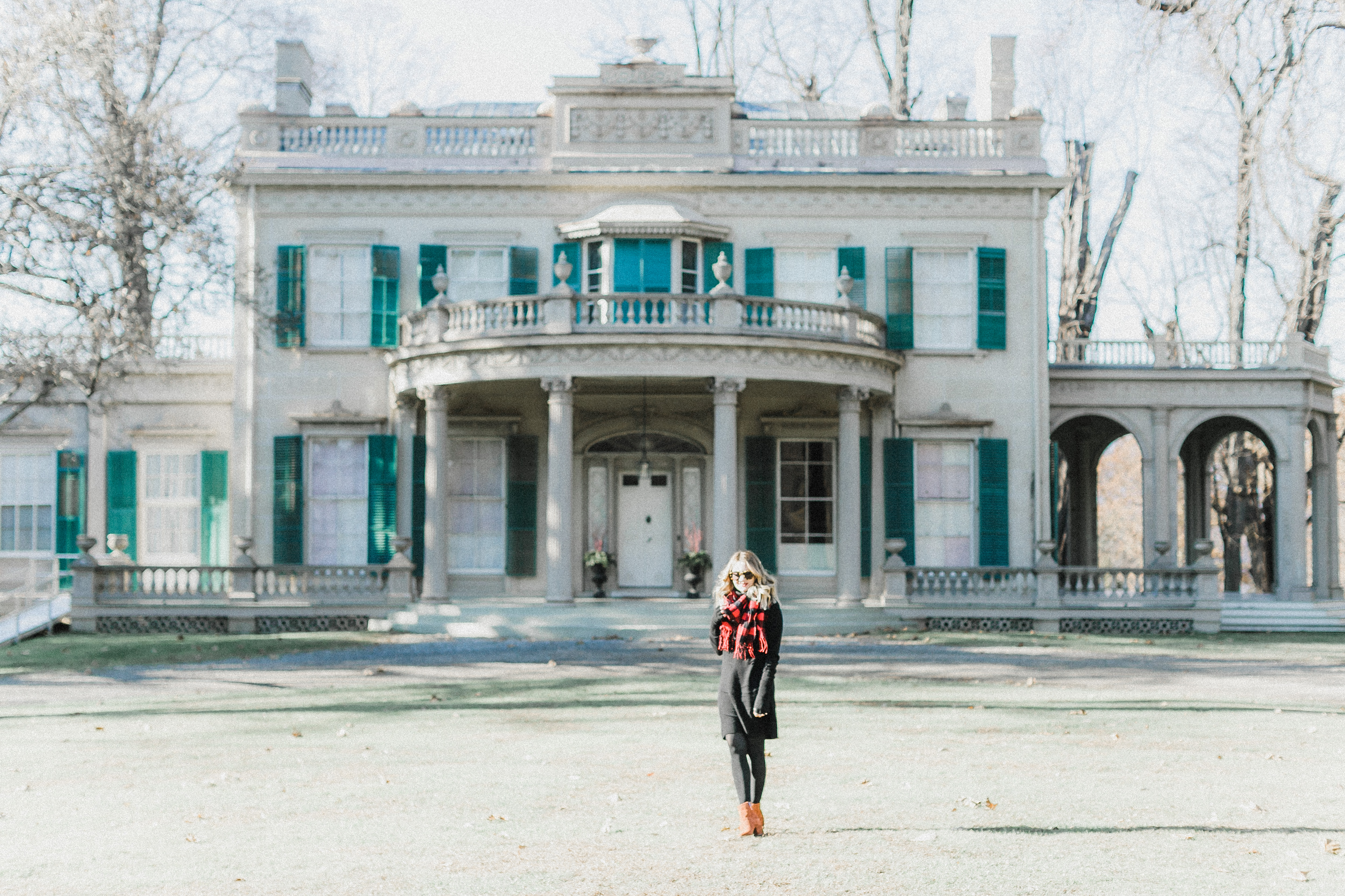 Megan, a Memphis Fashion Blogger takes you along on a Roadtrip Through Hudson Valley - Touring Mansions in Upstate New York.