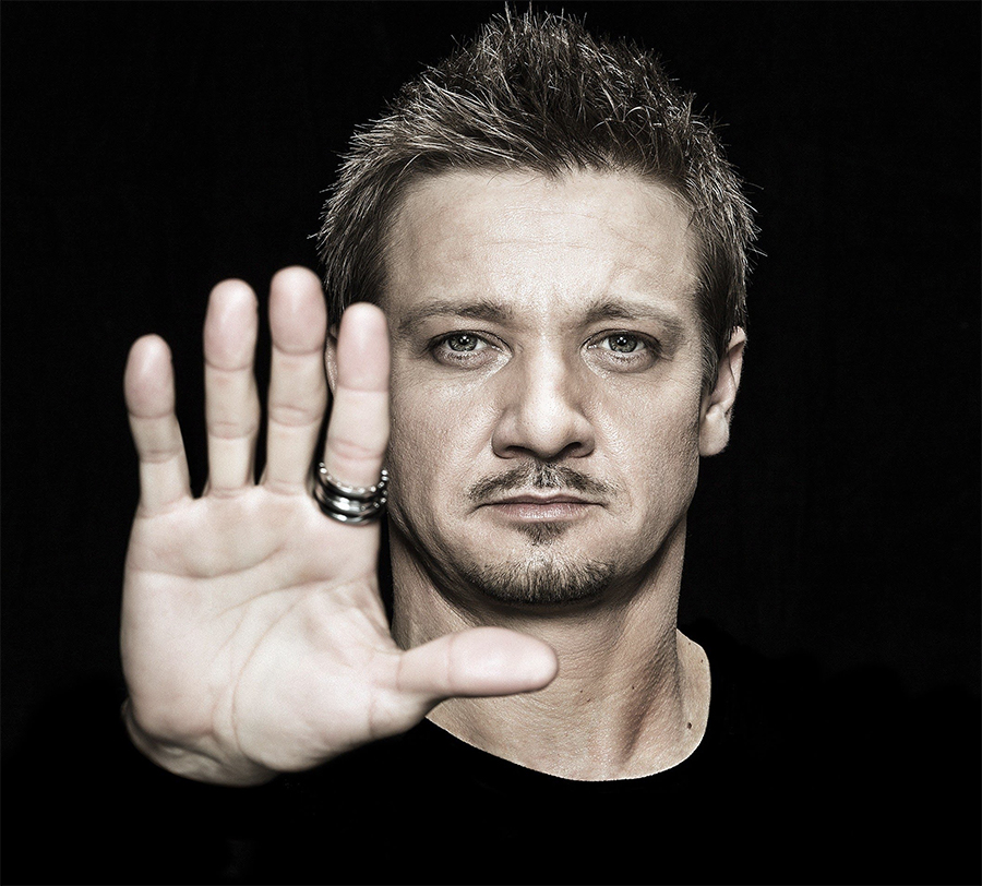 Jeremy Renner entra no elenco do novo filme de Spawn