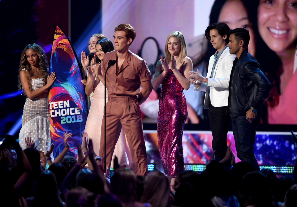 Riverdale domina premiação do Teen Choice Awards 2018 com nove troféus