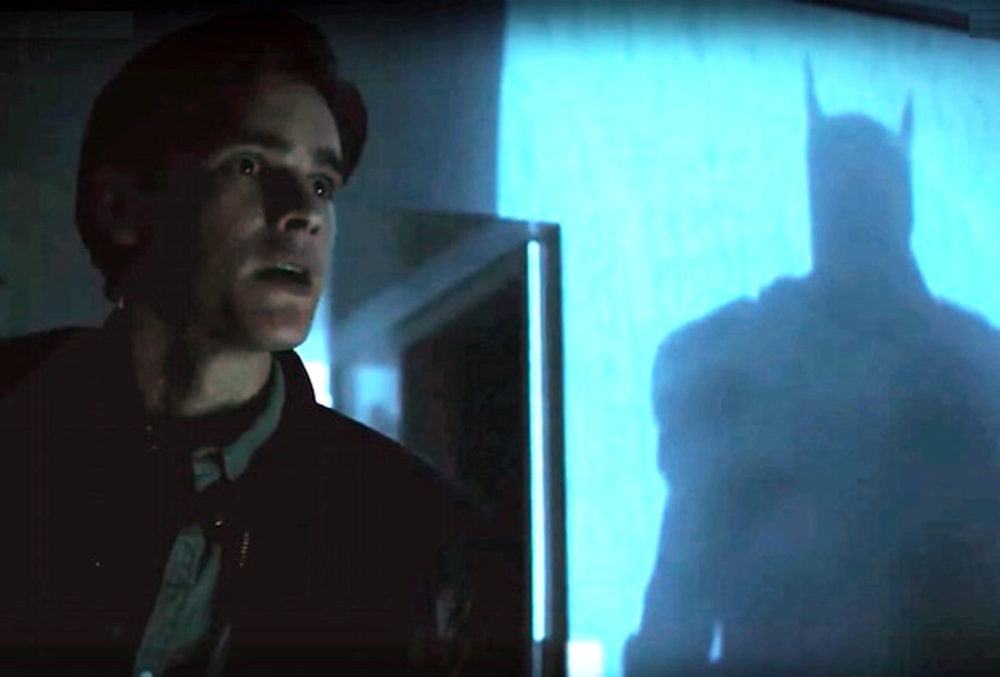 Robin enfrenta Batman no trailer violento do final da temporada de Titãs