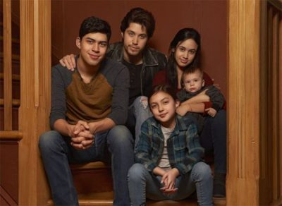 "Remake da série clássica ""Party of Five"" ganha trailer com premissa latina"