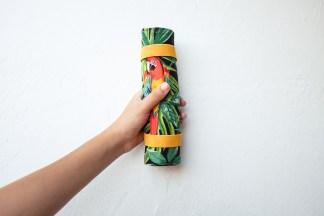estuche enrollable tela cosido a mano hecho a mano manta maquillaje transportar brochas neceser pipolart pipol art estampado tropical loros hojas lifestyle