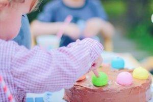 Klassische Geburtstagstorte by pippapiemaker.com